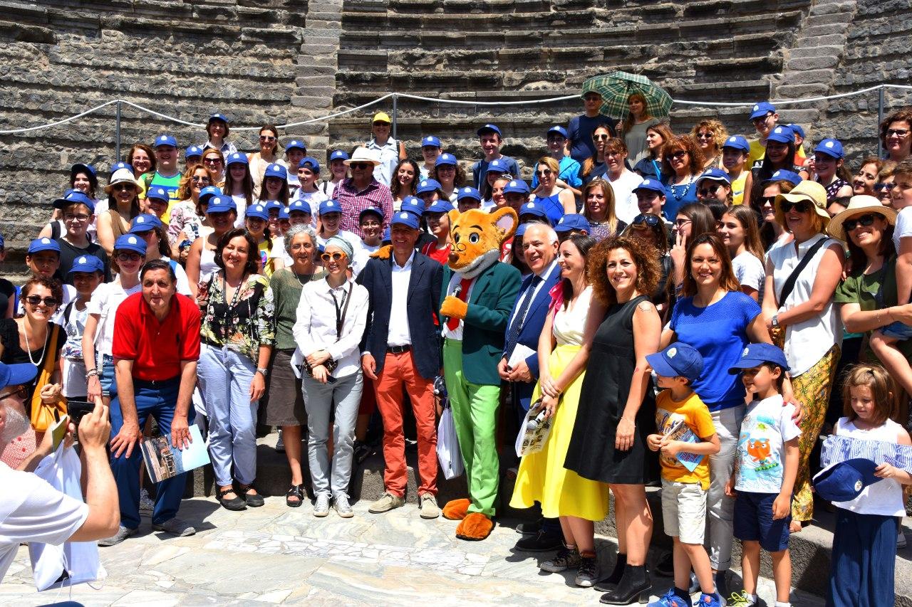 """Geronimo Stilton presenta la guida e le mappe per ragazzi del sito Unesco 829 """"Aree archeologiche di Pompei, Ercolano e Torre Annunziata"""